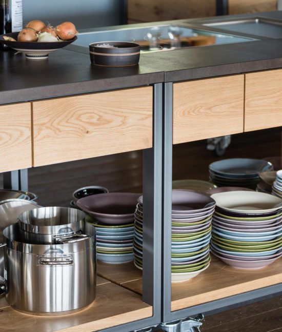 Weingut Aufricht, mobile Küche, mobiler Küchenblock, Carolin Zeyher Küchen Design, Weinverkostung, Event Küche