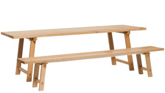 Eichenholz Tisch mit passender Bank –beide Möbel mit abnehmbaren Beinen